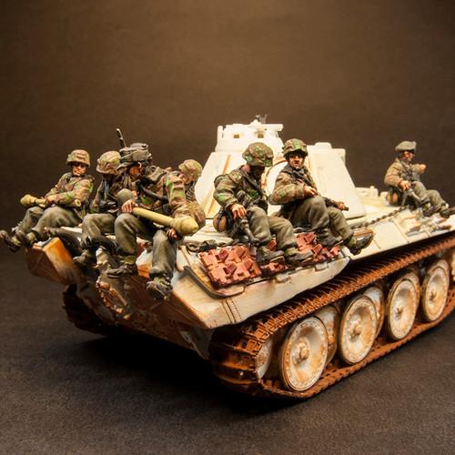 "Waffen SS ""Tank Riders"" (8/Pk)"