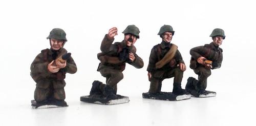 Hungarian Anti-tank Gun Crew