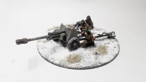 Romanian 75mm Resita Anti-tank Gun - Winter Uniform