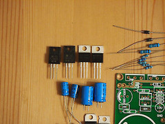 High current dual rail regulator kit for power amplifier or bench power supply !