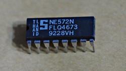NE572N Dual Compressor Expander, Stereo Compander 1 pc !!