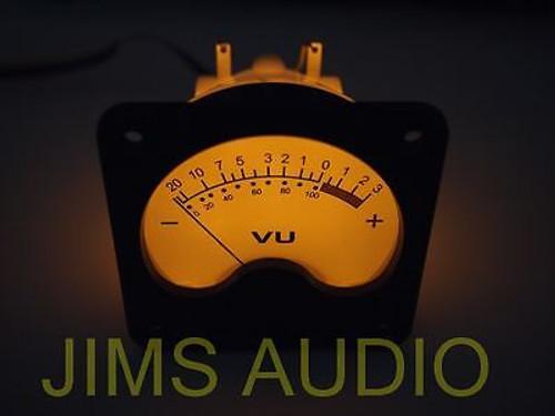 VU meter huge size + warm back light for recording !
