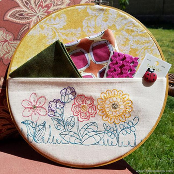 Four Fanciful Flowers Border - Embroidery Designs
