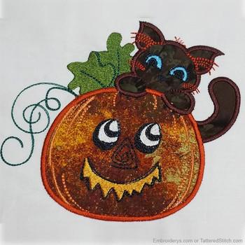 Pumpkin Peeking Kitty - Embroidery Designs
