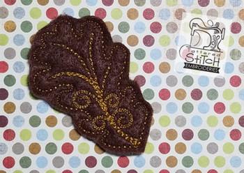 Old Oak Leaf Feltie - Embroidery Designs
