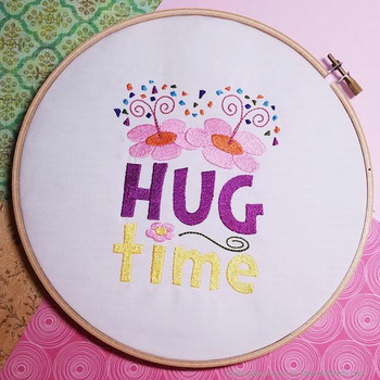 Poppies Cute Hug Time - Embroidery Designs