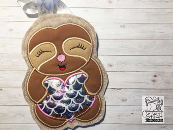 """Sloth Gift bag- Fits a 5x7"""" & 6x10"""" Hoop - Machine Embroidery Designs"""