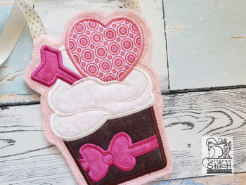 "Valentine Cupcake Gift Bag- Fits a 5x7"" & 6x10"" Hoop - Machine Embroidery Designs"