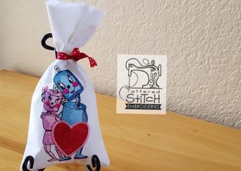 Valentine LoveBots in the hoop machine embroidery designs