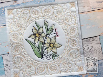 "Daffodil Cluster Quilt Block #2 -Fits a  5x5"", 6x6"", 8x8"" & 10x10""  Hoop - Machine Embroidery Designs"