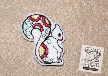 Cute Squirrel Feltie - Embroidery Designs