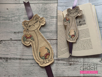 """Kitty Bookmark - Fits a 5x7"""" Hoop - Machine Embroidery Designs"""