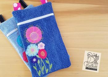 Felt Wildflower Tablet Bag- In the Hoop- Embroidery Designs