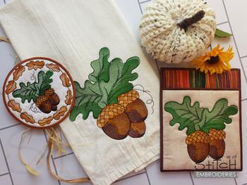 Acorns Bundle   - Instant Downloadable Machine Embroidery - Light Fill Stitch