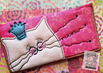 Crowned Kitty Checkbook Cover - Raw Edge Applique