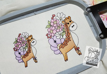 "Baby Giraffe - Machine Embroidery Design. 4x4 & 5x7"" hoop. Instant Download."