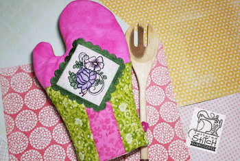 """Dahlia Cluster Oven Mitt fits an 8x12"""" Hoop - Instant Downloadable Machine Embroidery"""