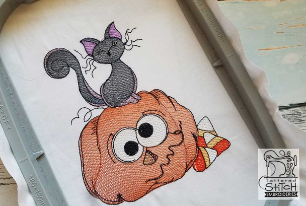 """Cat on Pumpkin - Fits in a 5x7"""" Hoop - Instant Downloadable Machine Embroidery"""