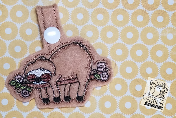 Sloth Key Chain - Machine Embroidery Design. 4x4 In The Hoop Instant Download