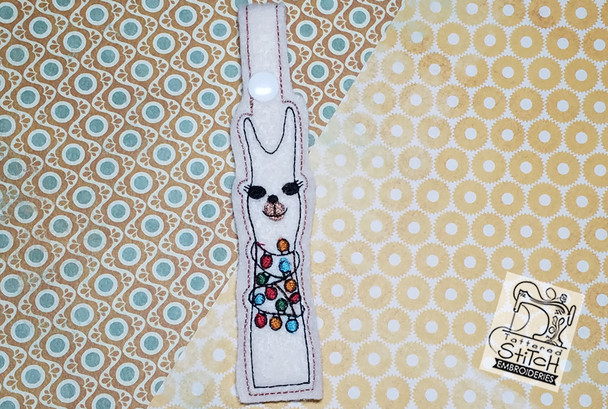 """Happy Llama Snap Tab 5x7 """" Hoop, Machine Embroidery Pattern - Instant Download - Key Chain"""