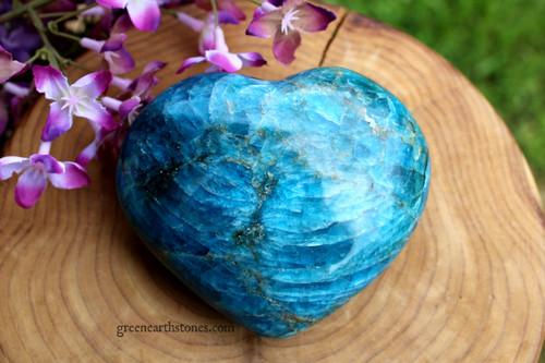 Apatite XL Heart