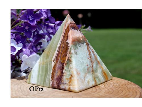 Onyx XL Pyramid