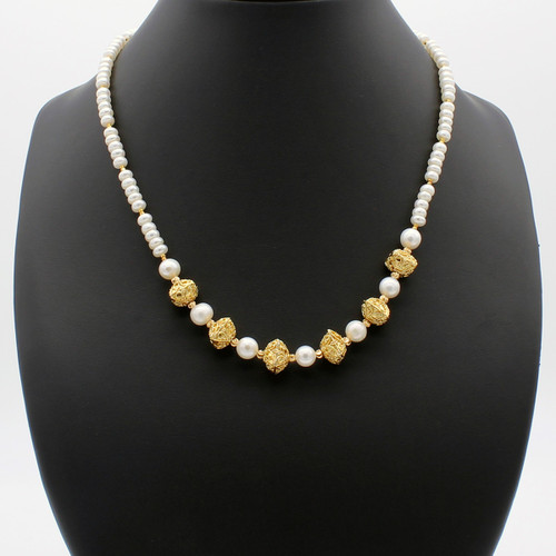 Loreley necklace - freshwater pearls with copper cushions and gold plated beads