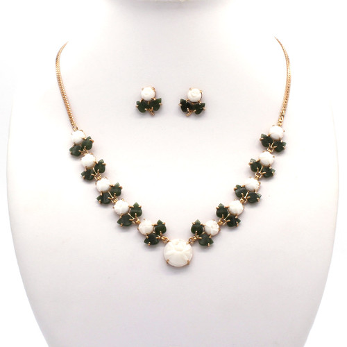 White coral flowers and jade leaf jewelry set with gold chain