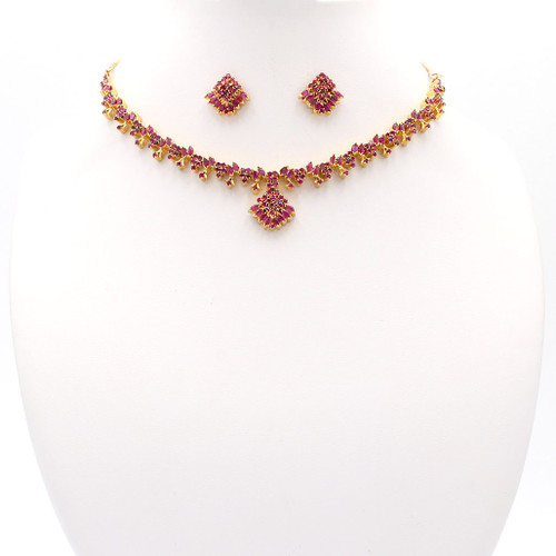 Light red natural ruby and gold choker necklace and earrings formal set
