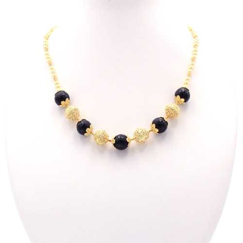 black onyx and cream freshwater pearl necklace