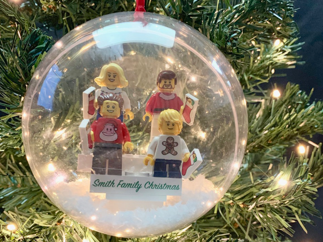 Personalised Happy Christmas Family Bauble! 4 Figures included!