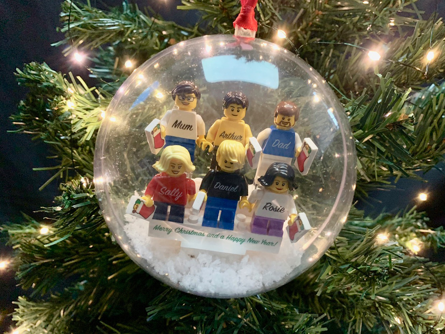 Personalised Happy Christmas Family Bauble! 6 Figures included!