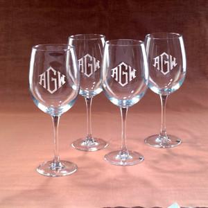 Engraved Wine Glass Set of 4 19oz www.tinytulip.com