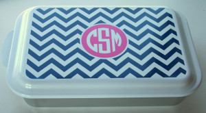 Monogrammed Casserole Baking Pan www.tinytulip.com Navy Chevron with Solid Circle Hot Pink Circle Font