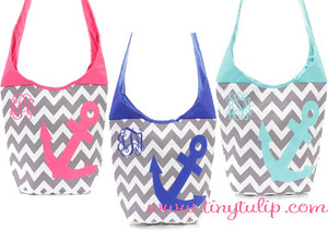 Monogrammed Chevron Anchor Tote Bag www.tinytulip.com