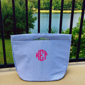 Monogrammed Insulated Navy Seersucker Tote www.tinytulip.com Hot Pink Circle Font