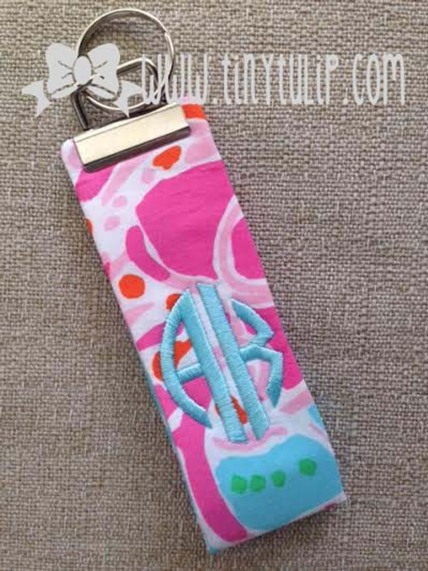 Monogrammed Lilly Pulitzer Keychain  www.tinytulip.com Turquoise Circle Font on Jellies Be Jammin