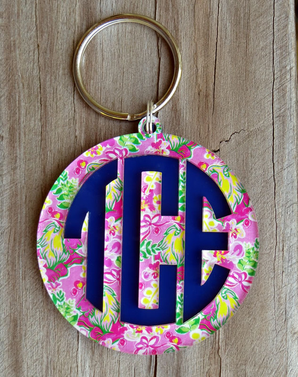 Mary Beth Goodwin Layered Circle Monogram Keychain www.tinytulip.com