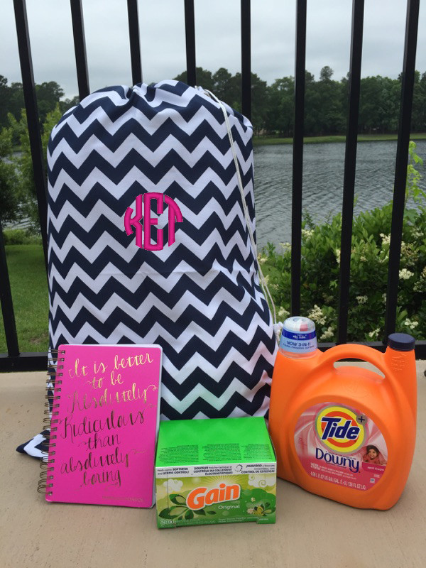 Monogrammed Chevron Laundry Bag www.tinytulip.com Navy with Hot Pink Circle Font