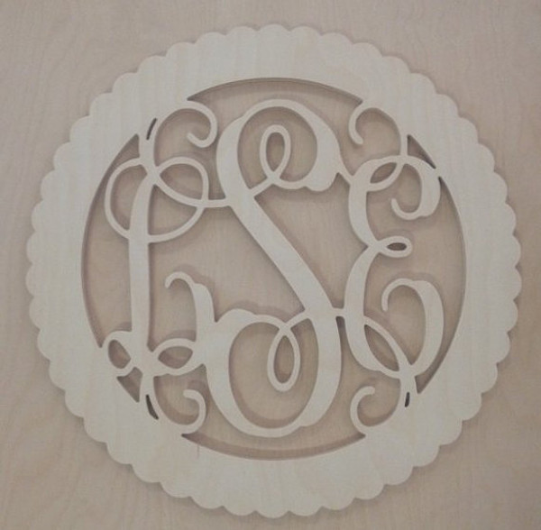 Lilly Pulitzer Inspired Bordered Wooden Interlocking Monogram  www.tinytulip.com Scalloped Circle Border