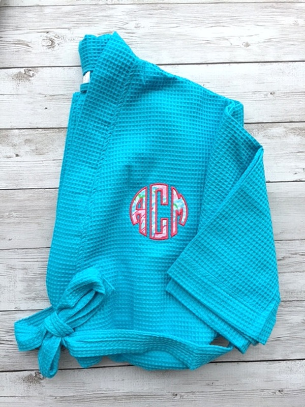 Monogrammed Lilly Pulitzer Applique Waffle Weave Robe www.tinytulip.com Lobstah Roll with Hot Pink Thread