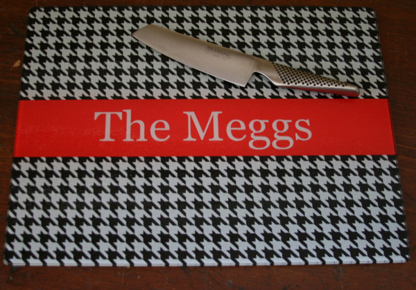 Personalized Cutting Board ~ Monogrammed - www.tinytulip.com Black Houndstooth Pattern with Solid Ribbon Red Romana Font