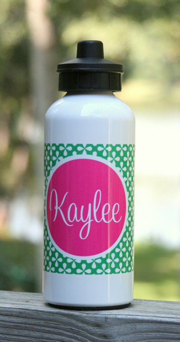 Monogrammed Water Bottle Kelly Green Clovers Pattern with Solid Circle Hot Pink Cursive Font