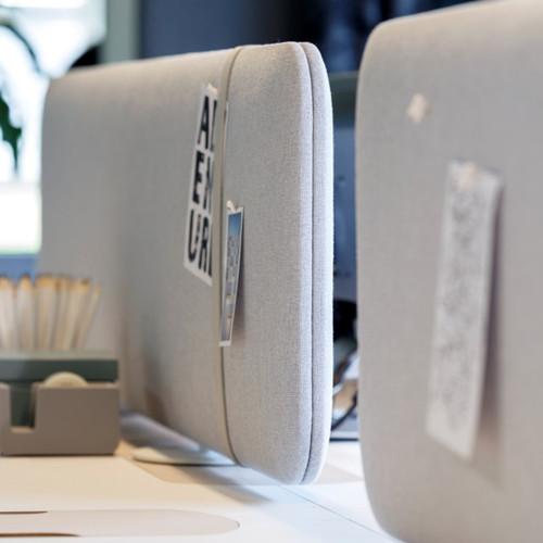 Freestanding acoustic desk divider | Pillow