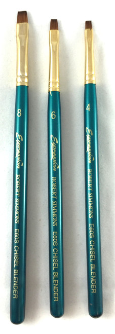 Robert Simmons Expression Chisel Blender brushes in sizes 4, 6 & 8.