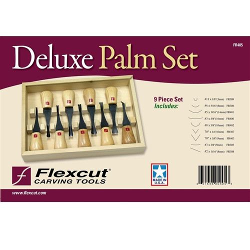 Flexcut Deluxe Palm Set shown in the original package.