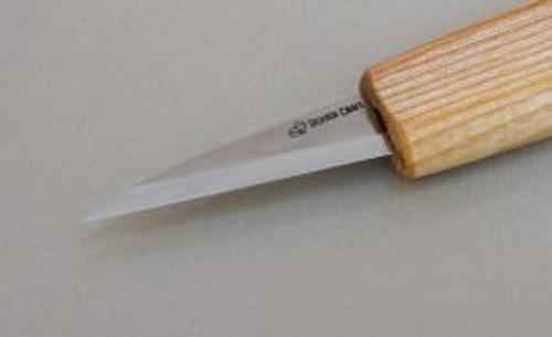 Beaver Craft Long Whittling Knife showing the razor sharp blade.