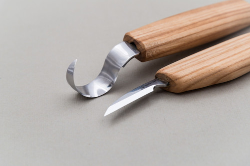 Beaver Craft Spoon Carving Detail Set showing the blade sizes.