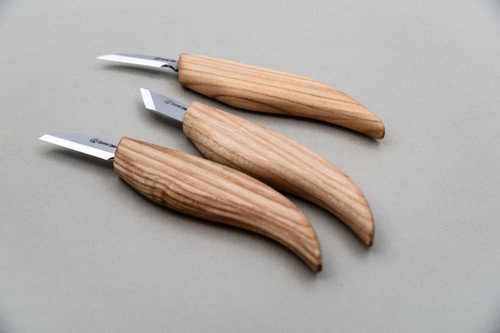 Beaver Craft Starter Wood Carving Knife Set showing all 3 knives from side profile.