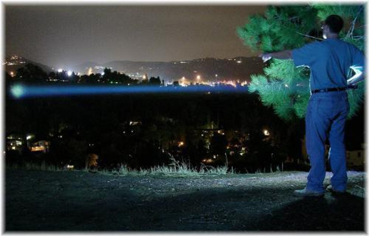 Super Long Range Flashlight - Beam reaches over 650 Meters